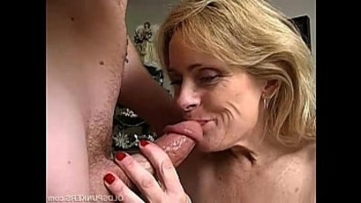 cougar  sexy girls  squirting