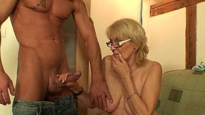 behind  girlfriend  mother  old and young