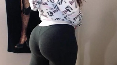 beauty   booty   gym   latina   spandex