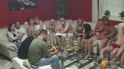 mature   party   swingers