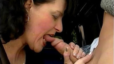 aggressive  fucking  hard sex  mom  old and young