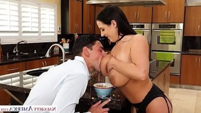 Kinky amateurs and porn stars enjoying hot sex
