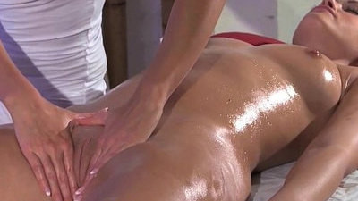 clit   massage   masseuse   orgasm