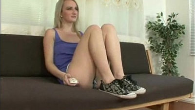 beauty   fetish   foot   spanking